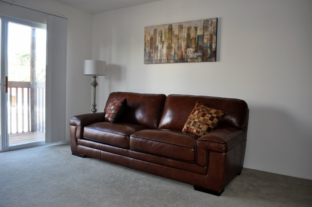 Macco Leather Sofa In Chestnut