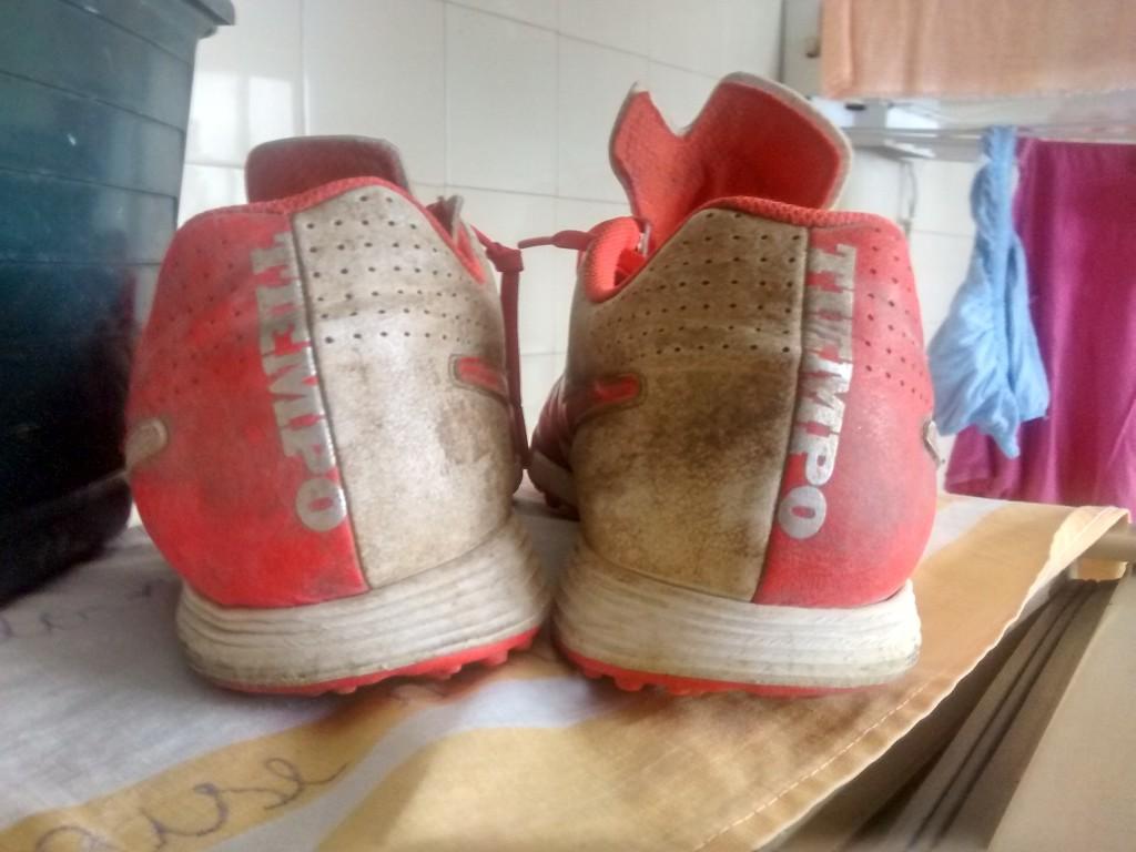 Chuteira Nike Tiempo Genio Leather Society  6d4bdf293bf3d