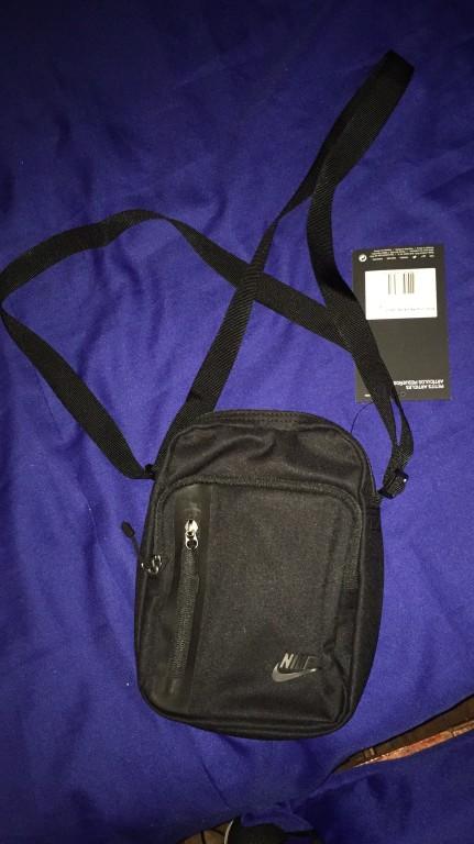 74e7c3c52 Bolsa Nike Core Pequena 3.0 | Nike