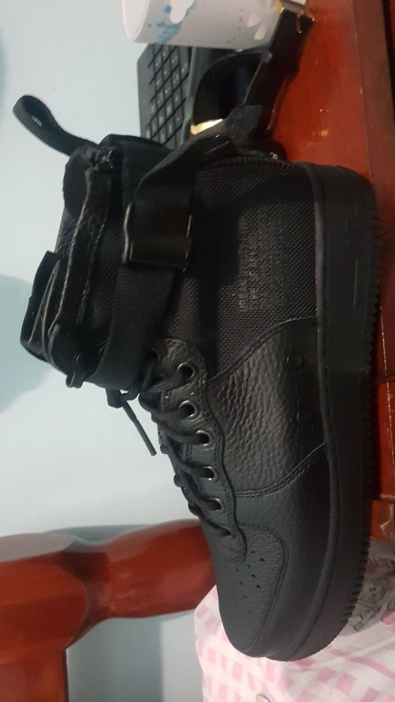 57540943407 Tênis Nike Air Force 1 Special Field Mid Masculino