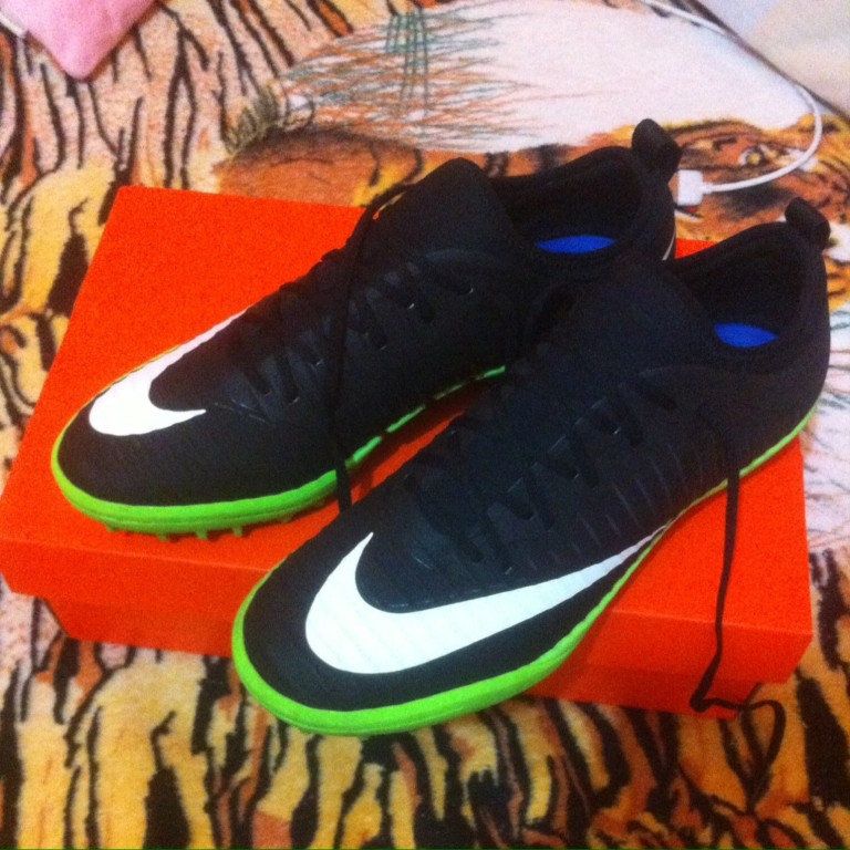 Chuteira Nike MercurialX Finale II Society  4368a204d4923