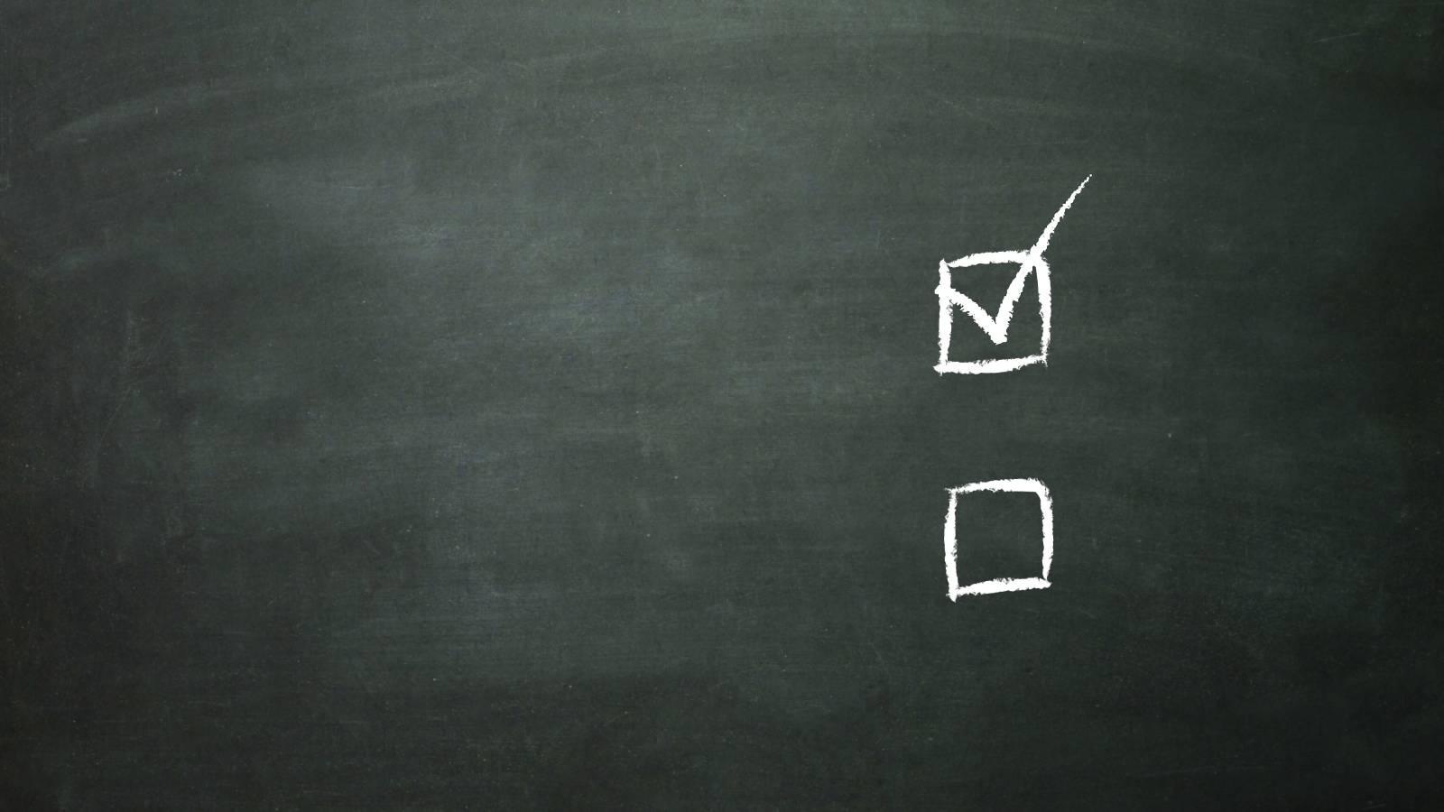 Blackboard checklist chalk