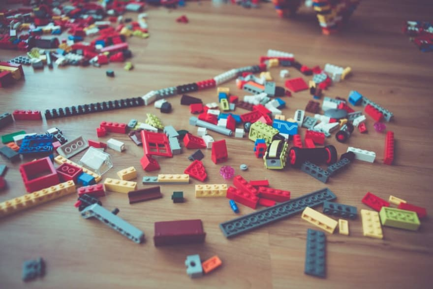 """Lego"", ""Build"""