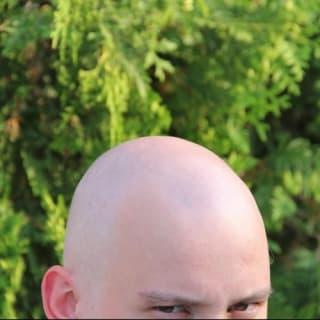 Andrew Volozhanin profile picture