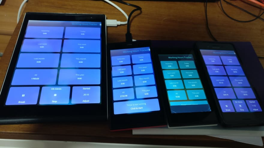 Working Hours Tracker running on multiple SailfishOS devices.