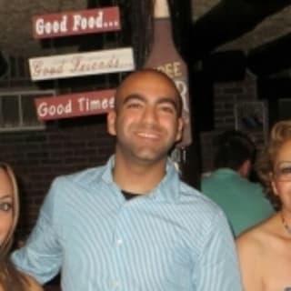 Azin Asili profile picture