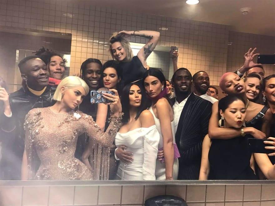 Kylie Jenner Met Gala selfie