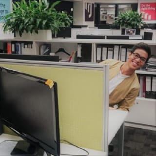 Minh profile picture