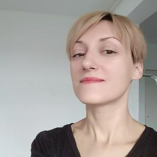 juliageek profile