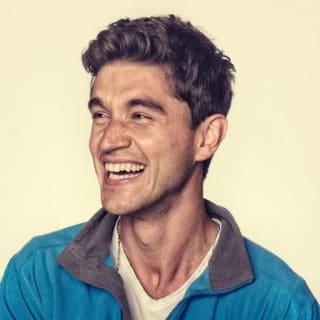 Andrei Neagoie profile picture