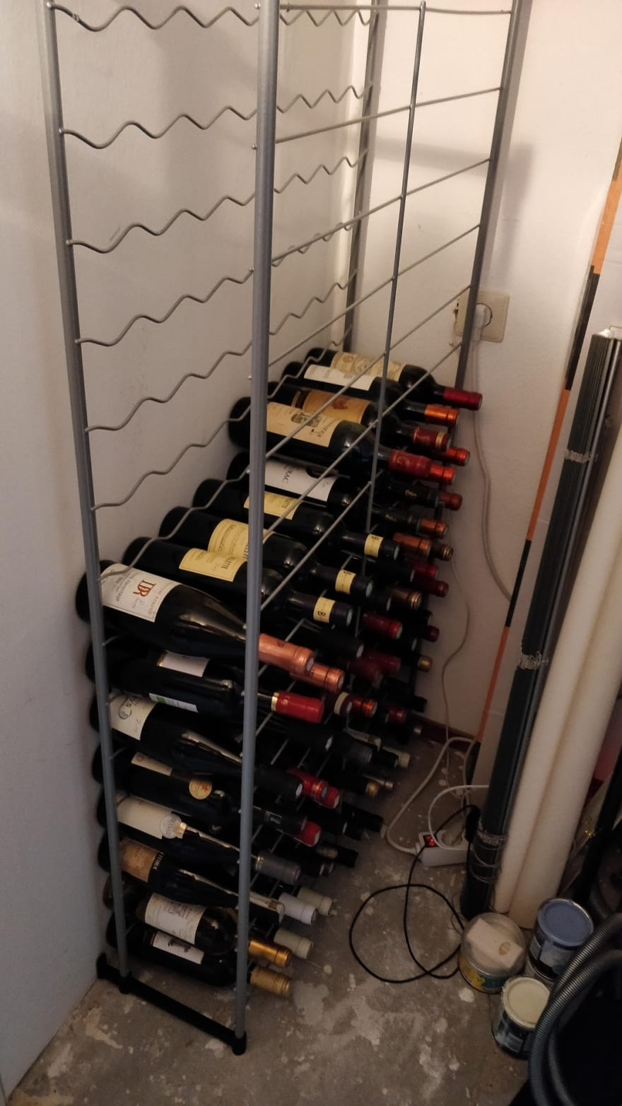 Building a wine cellar monitoring system - Part 1 : The hardware and setup