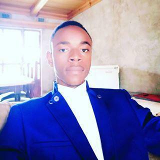 Br CRISTAL DIBWE  profile picture