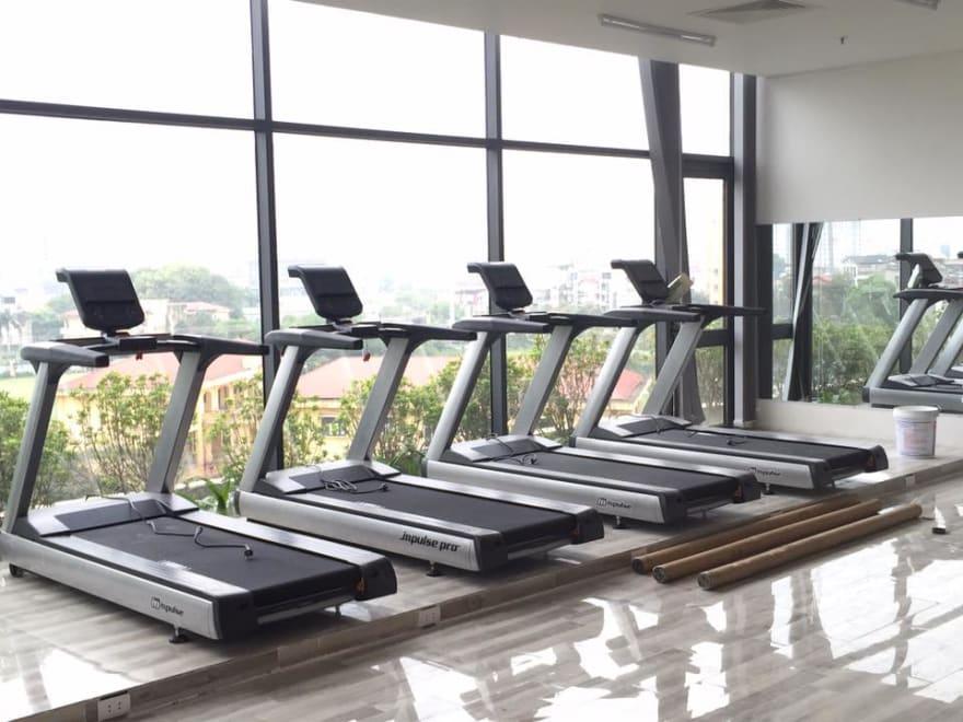 Mẫu máy chạy bộ phòng gym được ưa chuộng hiện nay