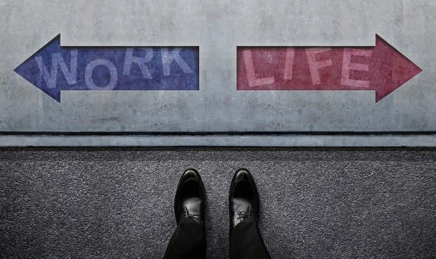work-life-balance-concept-undecided-businessman-standing-front-left-right-arrow-direction_34048-1235.jpg