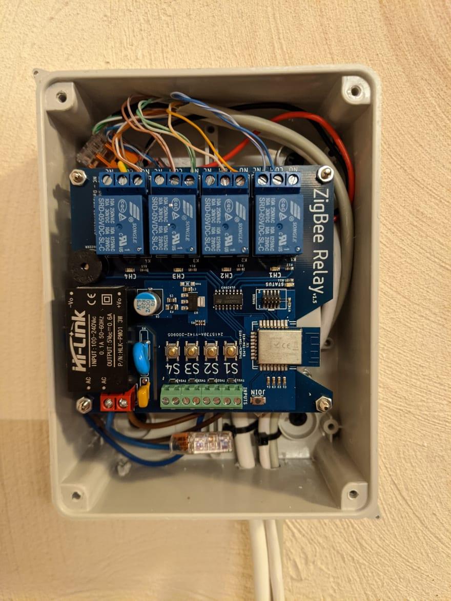 Zigbee 4-channel relay module