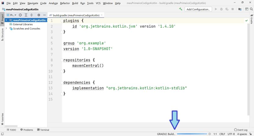 Intellij aberto e apontando diretamente para uma barra de progresso do Gradle ao final da tela