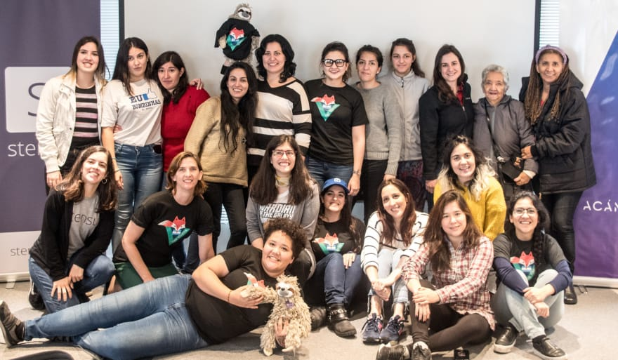 Vue Vixens Day in Argentina, with ages spanning from 13 to over 70