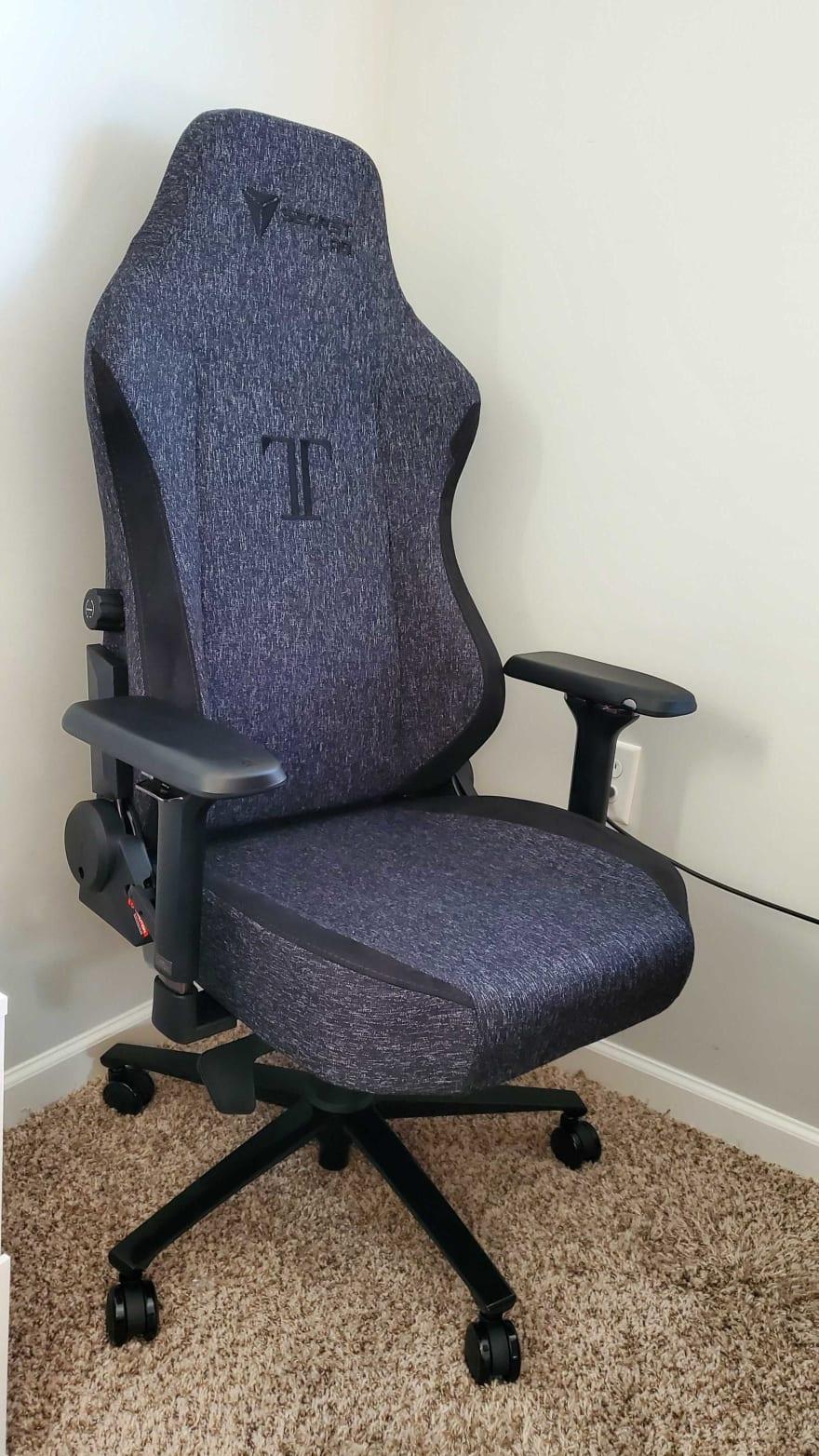SecretLab TITAN chair in room corner