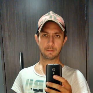 Carlos Alarcon B profile picture