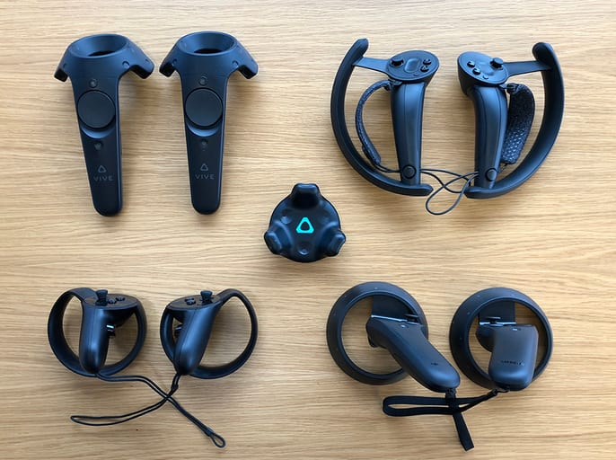 VR controllers by L. Yang on [Steam Community](https://steamcommunity.com/games/250820/announcements/detail/1697188096865619876)