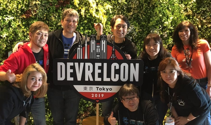 Johanna Koester and the IBM Japan team at DevRelCon Tokyo 2019