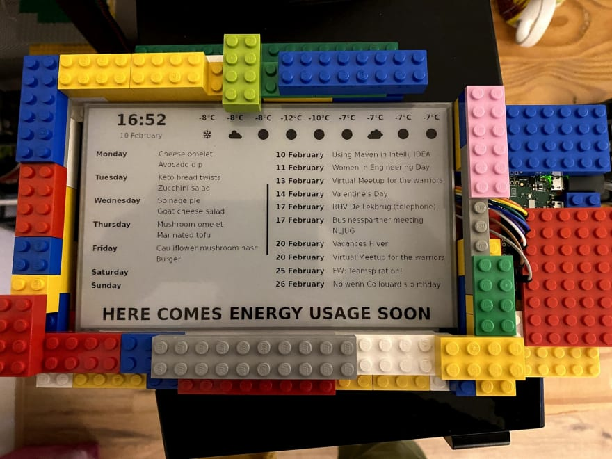 Making your own e-paper dashboard for home from scratch!