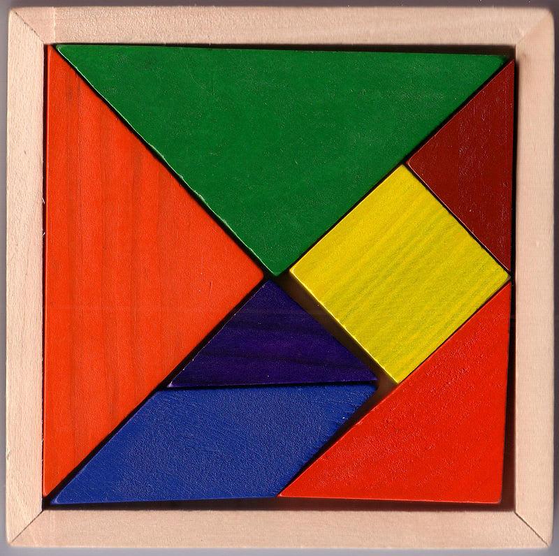 https://upload.wikimedia.org/wikipedia/commons/thumb/c/cb/Tangram_set_00.jpg/800px-Tangram_set_00.jpg?1563122396790