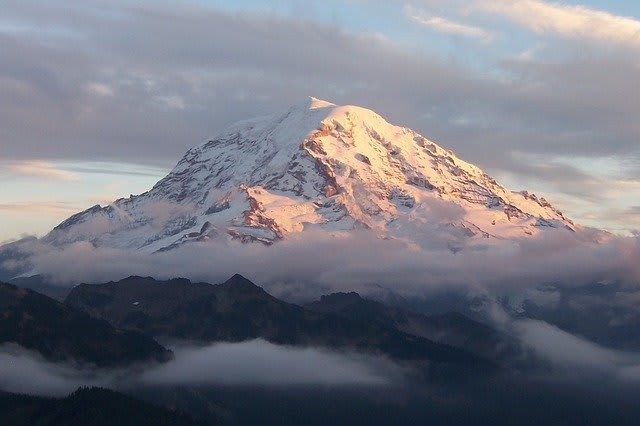 Mount Rainier, a prominent, snow-capped volcanic mountain near Seattle