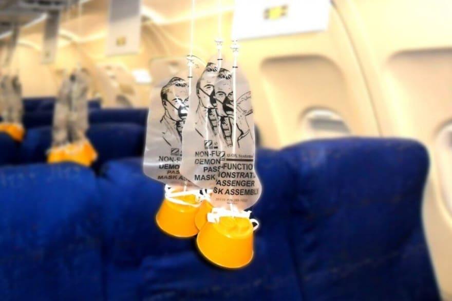 Airplane-oxygen-mask