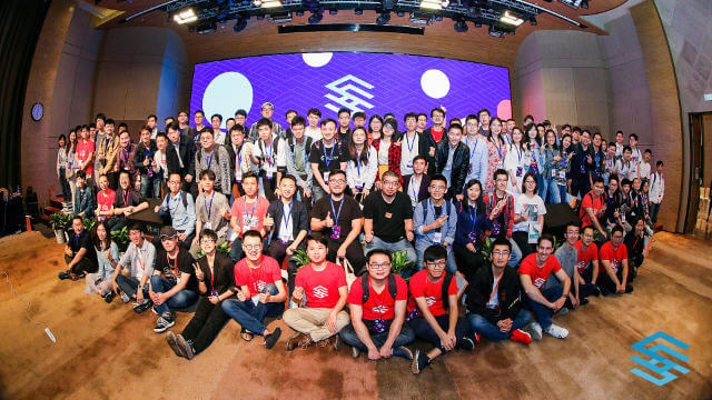 Family photo after CSSConf China 2019