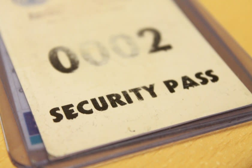Printed security pass - an old school session management practice<br>