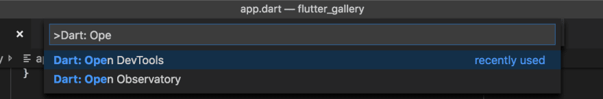 Captura de pantalla que muestra el comando Abrir DevTools
