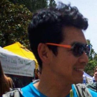 Viet Nguyen profile picture
