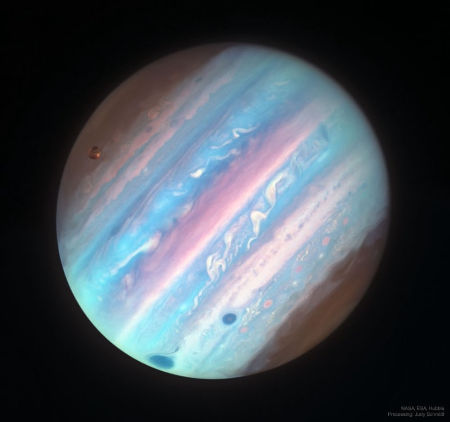 The APoD for 10/16/2018: Jupiter in Ultraviolet from HubbleMe