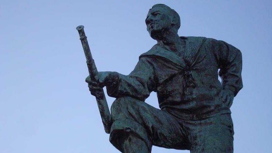 statue-4018726_1280