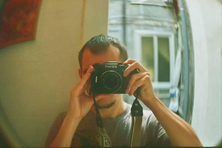 Andrey Sitnik making selfie in the mirror by Zenit-122