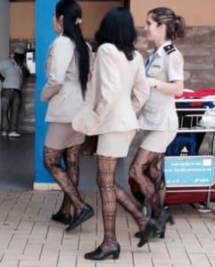 http://dartoidsworld.net/wp-content/uploads/2017/03/Airport-girls.png