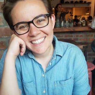 Mae Capozzi profile picture