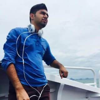 Girish Budhwani profile picture