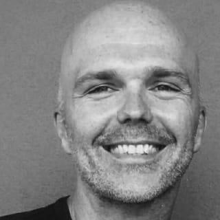Derek Bingham ☘️ profile picture