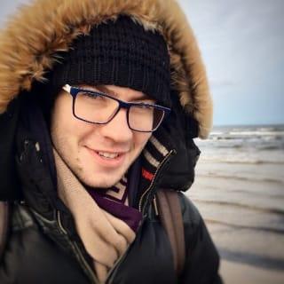 Anton Dosov profile picture
