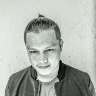 Hugh Caluscusin profile picture