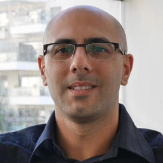 shlommi profile picture