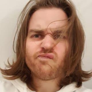 Adrian 🥕 profile picture