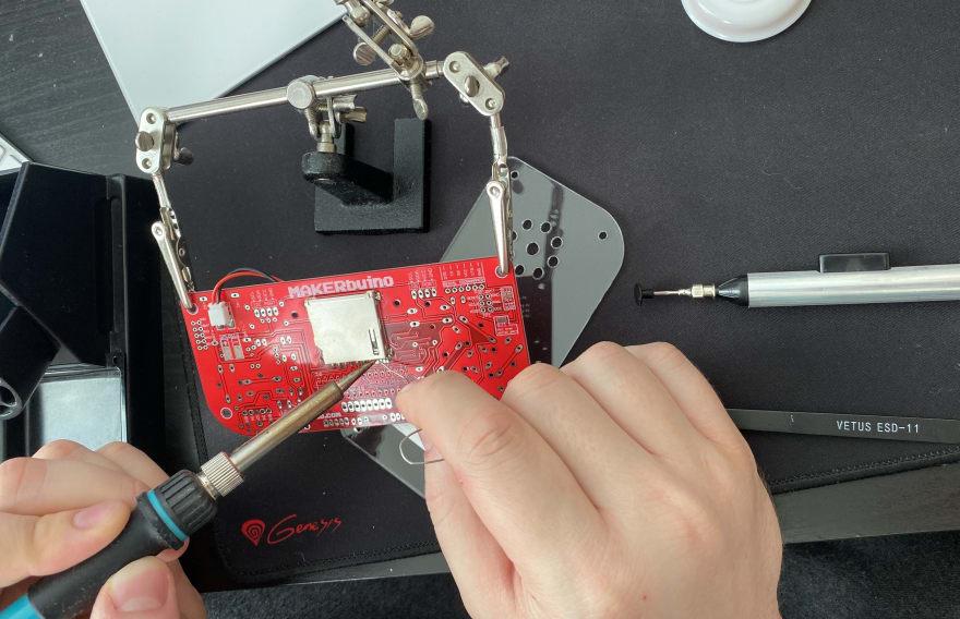 soldering makerbuino
