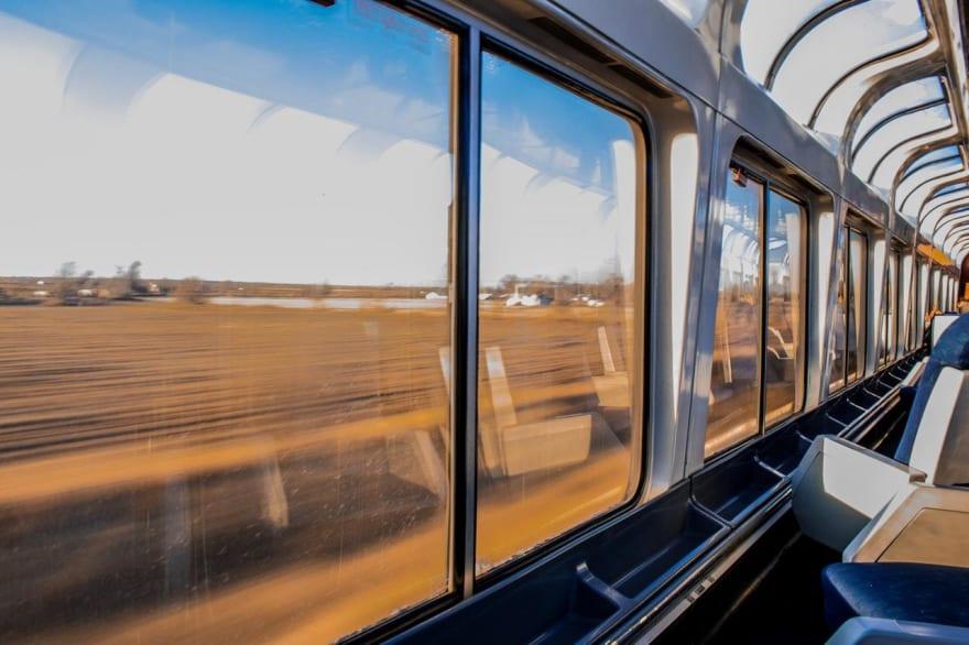 Trem em alta velocidade