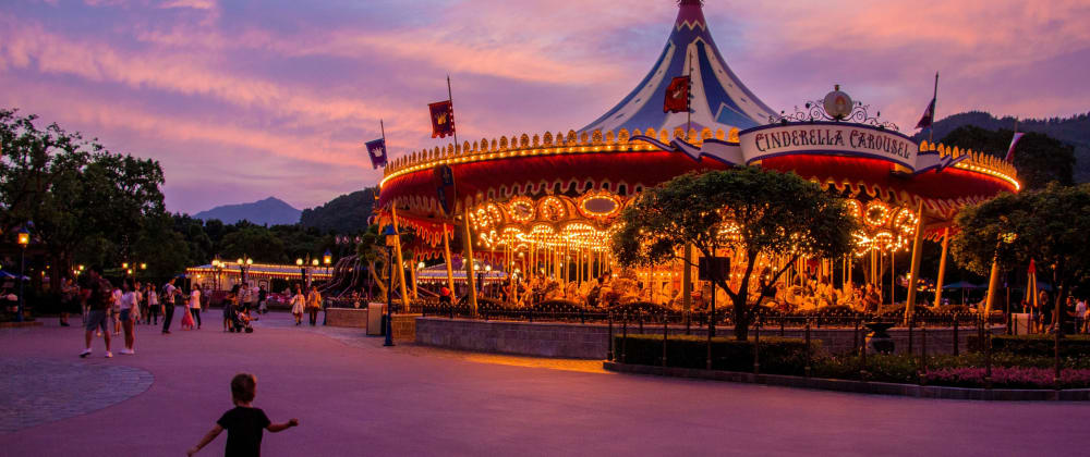 Cover image for Carousel slider tutorial with HTML, CSS and JavaScript