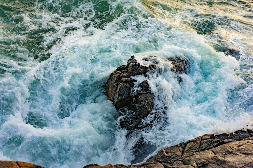 Photo: Water, splashing