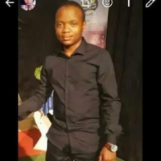 Tshegofatso mabona profile picture