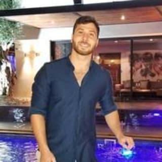 Amit Neuhaus profile picture